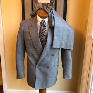 Ermenegildo Zegna Wool Suit 36R - Read Dimensions